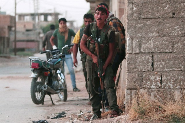 Les forces kurdes syriennes ont réussi à avancer... (PHOTO RODI SAID, REUTERS)