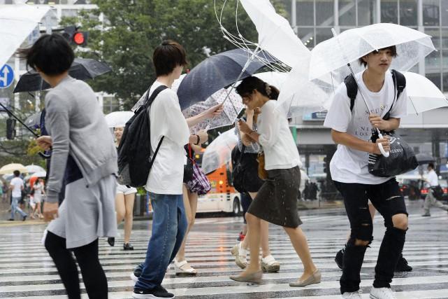 Mindulleest accompagné de fortes précipitations qui devraient particulièrement... (PHOTO AP)