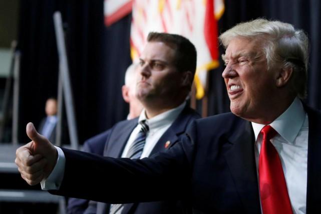 «L'incorrigible Donald mène une campagne improvisée et paranormale:cherchant... (PHoto Carlo Allegri, Reuters)