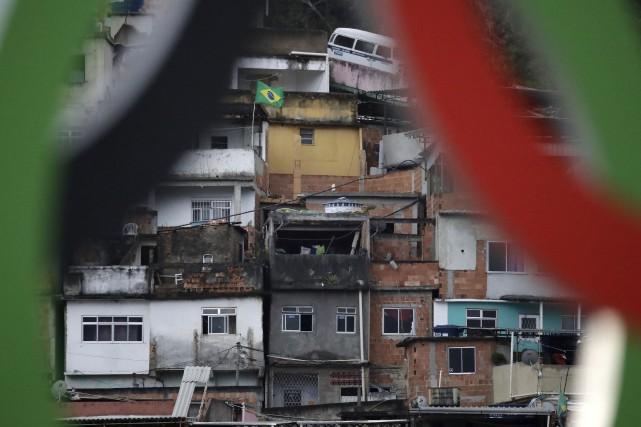 Les Jeux olympiques terminés, les Brésiliens sont maintenant... (AP, Charlie Riedel)