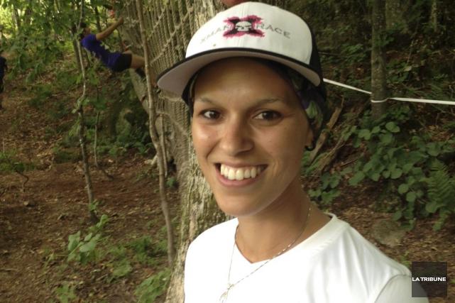 Atteinte d'un cancer du sein, Mélisa Chabot, 29... (La Tribune, Jean-Guy Rancourt)