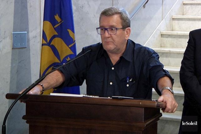 Le maire Régis Labeaume... (Le Soleil, Nicolas Perron-Drolet)