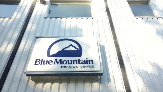 Le Groupe Blue Mountain Wallcoverings s'est placé sous... (Spectre Média, René Marquis)