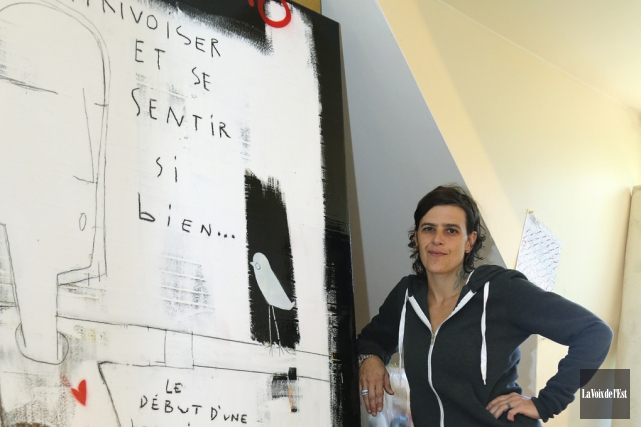 Julie Touchette, alias Zut, pose ici avec la... (Christophe Boisseau-Dion, La Voix de l'Est)