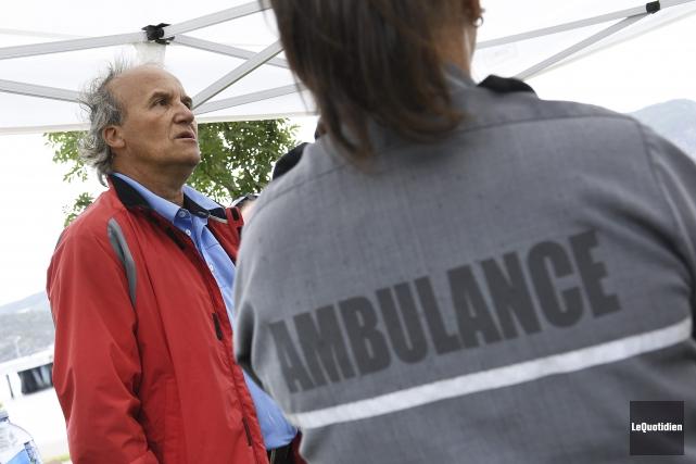 Le porte-parole régional du Syndicat des Paramédics-Nord du... (Photo Le Quotidien, Mariane L. St-Gelais)