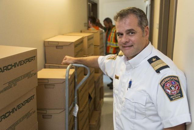 Stéphane Simoneau, directeur du Service de protection contre... (Spectre Média, Frédéric Côté)