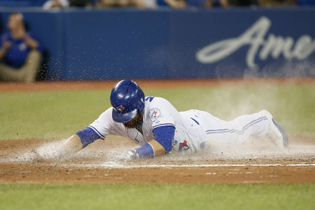 Russell Martin est venu marquer sur un ballon... (Photo John E. Sokolowski, USA Today Sports)