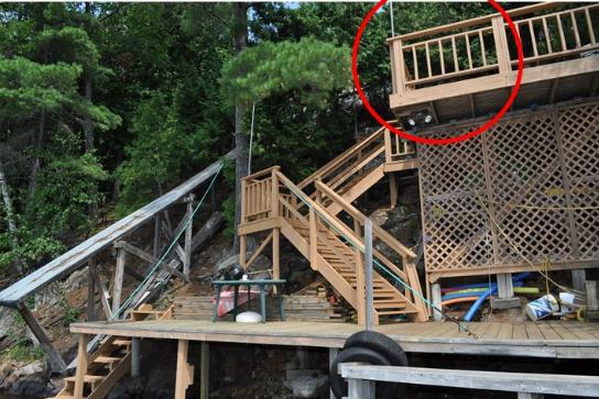 La victime s'est élancée du haut d'un balcon... (Courtoisie)