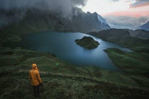 Le lac alpin de Schrecksee, en Bavière, en... (Photo tirée DU COMPTE INSTAGRAM DE DANIEL ERNS)