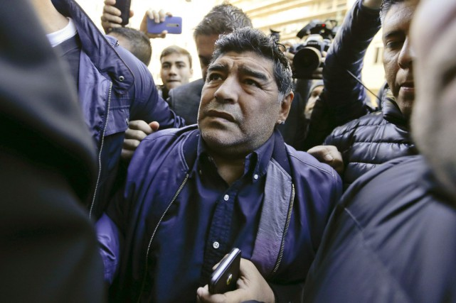 Diego Maradona... (Photo Natacha Pisarenko, AP)