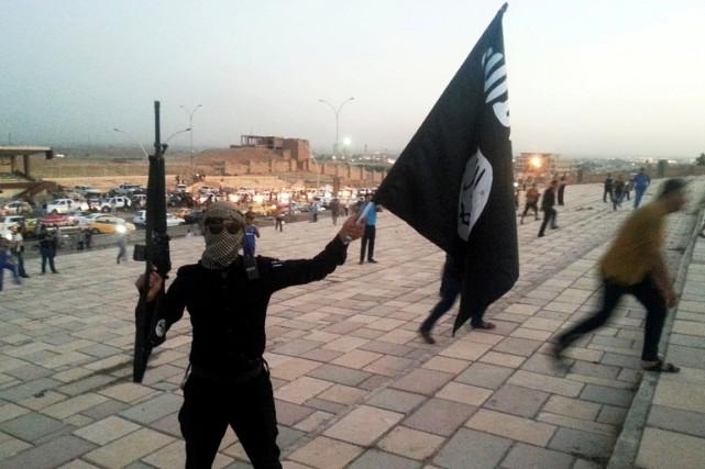 Un combattant de Daesh en Irak, en 2014.... (Photo Stringer, archives REUTERS)