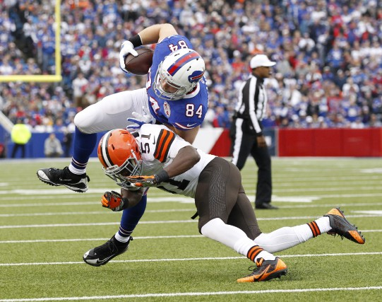 Barkevious Mingo (51) n'a jamais répondu aux attentes des Browns.... (PHOTO Kevin Hoffman, archives USA Today Sports)