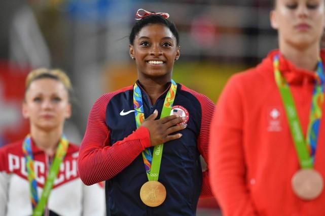 Le triomphe de la gymnaste Simone Biles (au... (PHOTO Ben STANSALL, Agence France-Presse)