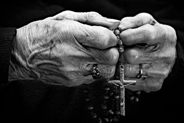 Le comité des usagers de Chicoutimi se penchera sur les services religieux... (123rf)