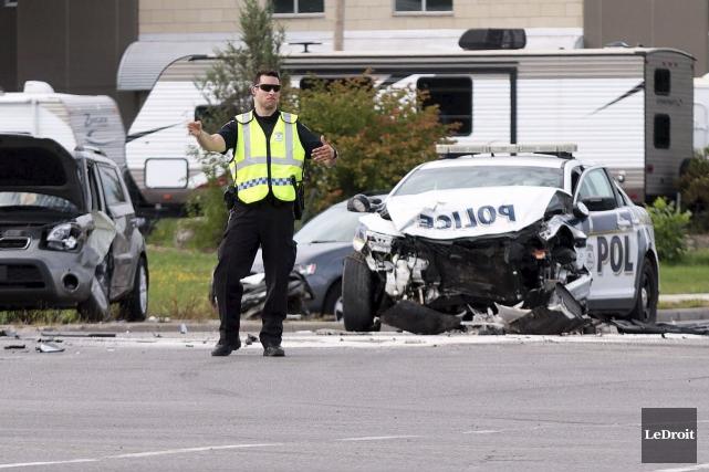 Une auto-patrouille du Service de police de la... (Etienne Ranger, LeDroit)