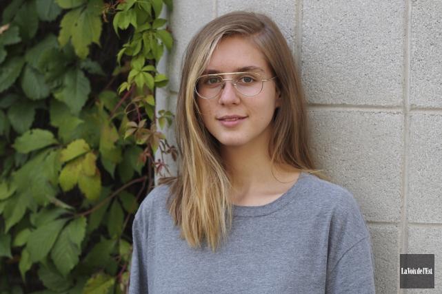 Lydia Képinski... (Alain Dion, La Voix de l'Est)