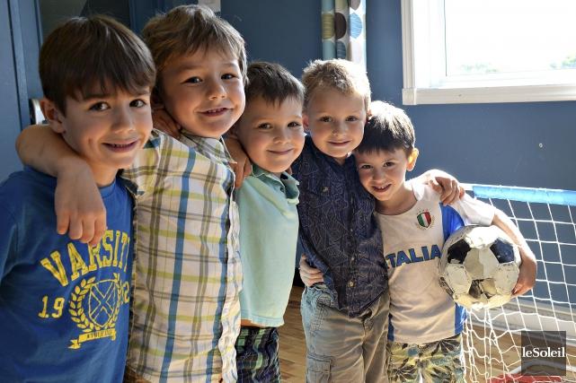 Evan, Damien, Édouard, Étienne et Derek sont fébriles,... (Le Soleil, Patrice Laroche)