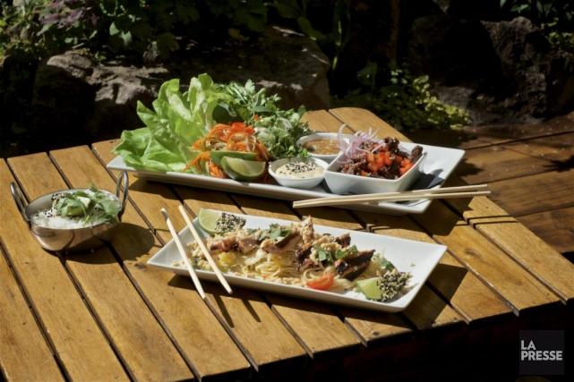 Vous cherchez une terrasse magnifique, sans prétention, oùl'on peut manger... (PHOTO ANDRÉ PICHETTE, LA PRESSE)