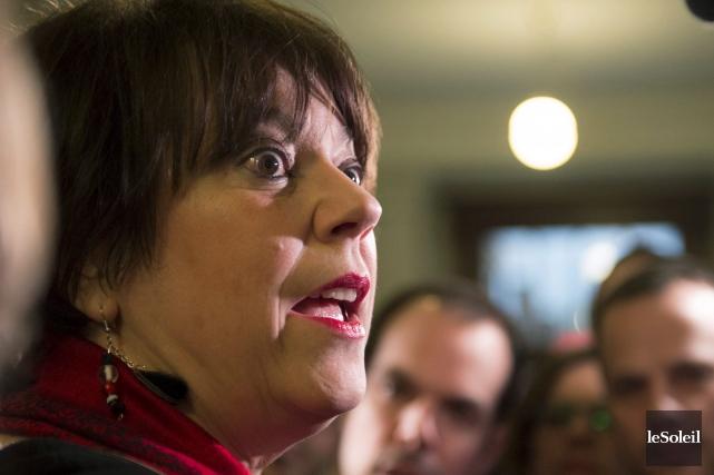 La ministre Hélène David devra manoeuvrer habilement pour... (Photothèque Le Soleil)
