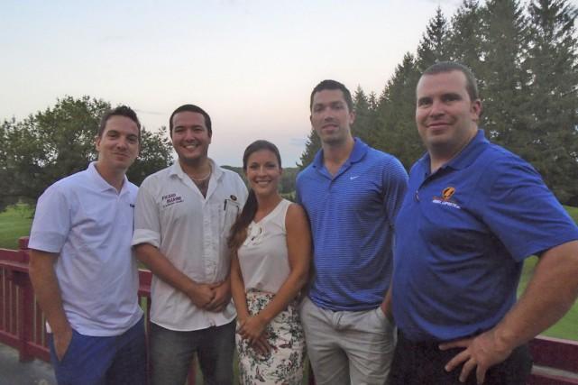 Voici le comité organisateur du tournoi de golf... (Danny Gélinas)