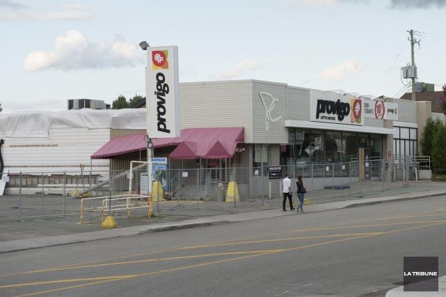 Le sort du marché Provigo de la rue... (Archives, La Tribune)