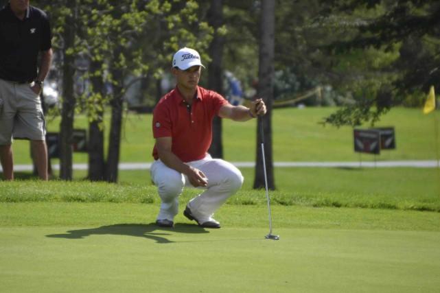 Cody Paladino (photo) talonne le meneur Beon Yeong... (Fournie par le Circuit Canada Pro Tour)