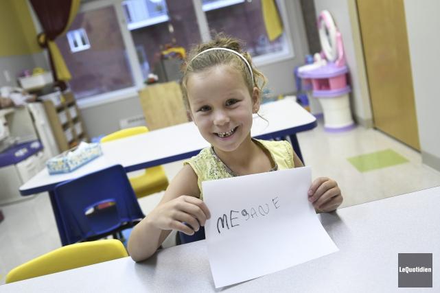 Mégane Bergeron, cinq ans, fera son entrée à... (Photo Le Quotidien, Mariane L. St-Gelais)