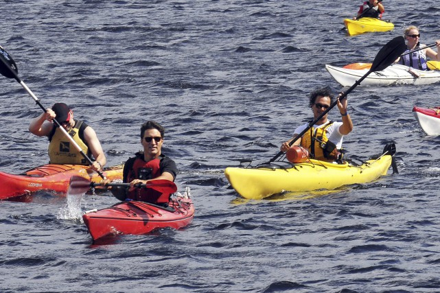 Marc Boudreault, de l'entreprise La Baie en kayak,... (Photo Le Progrès-Dimanche, Rocket Lavoie)
