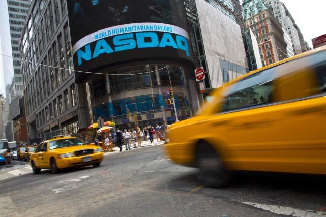 Les candidats qui souhaitent conduire les célèbres taxis jaunes de New York... (PHOTO REUTERS)