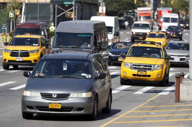 Les candidats qui souhaitent conduire les célèbres taxis... (AP, Mary Altaffer)