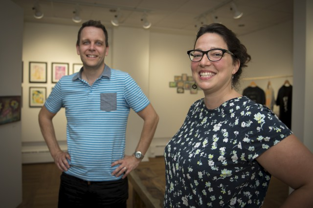 Les enseignants Danny Roussel et Barbara Meilleur font... (Spectre Média, André Vuillemin)