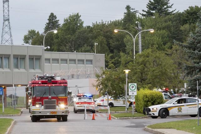 Des pompiers ont été appelés dimanche au Centre... (Collaboration spéciale, Steve Jolicoeur)