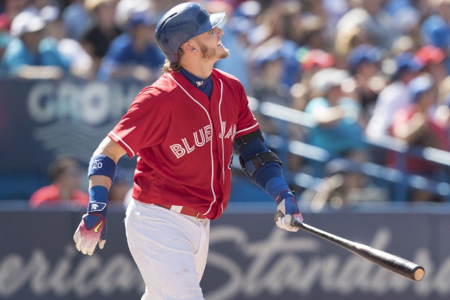 Josh Donaldson a souligné la Journée du baseball... (La Presse canadienne, Fred Thornhil)
