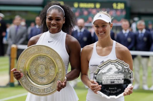 Serena Williams et Angelique Kerber au dernier tournoi... (Photo Tim Ireland, AP)