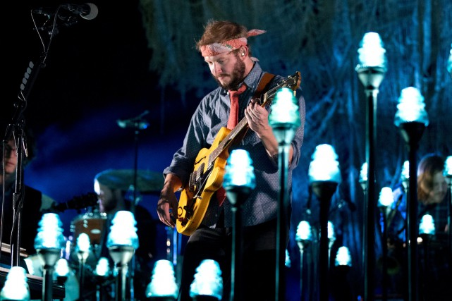 Justin Vernon, le leader du groupe folk Bon... (Photo archives AP)