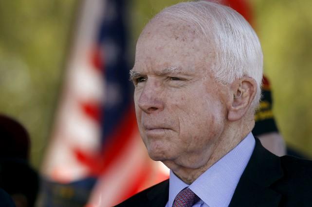 Le candidat républicain à la présidentielle de 2008,... (AP, Ralph Freso)