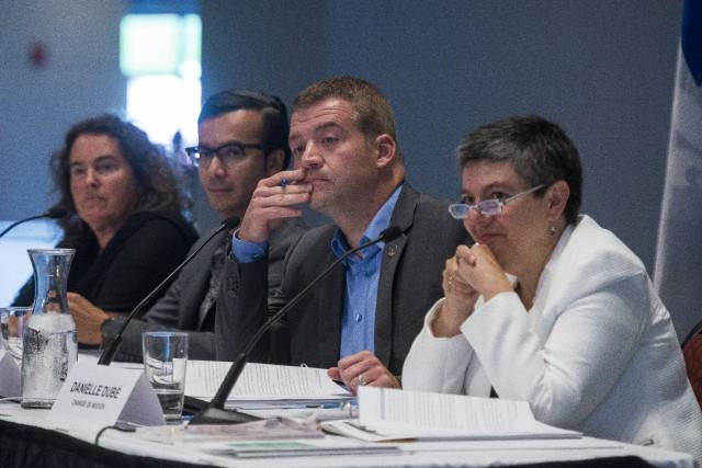 Les consultations menées aux quatre coins du Québec... (Spectre Média, Frédéric Côté)