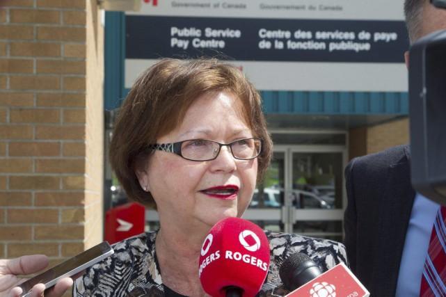 Le ministère de Judy Foote a reçu 285... (Ron Ward, Archives PC)