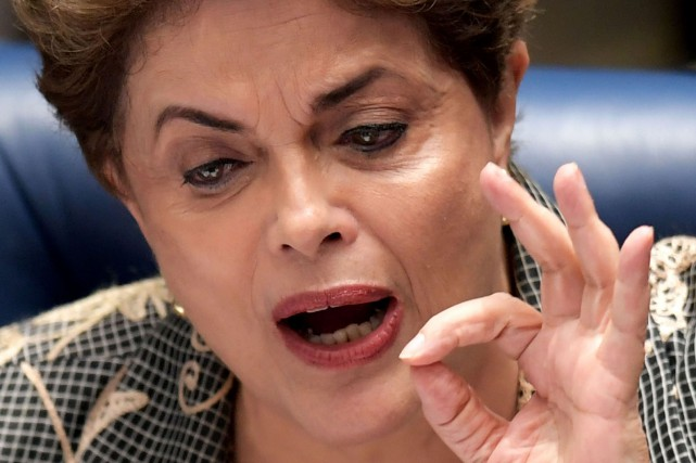 Au Sénat, Dilma Rousseff, est venue assurer en... (PHOTO AFP)