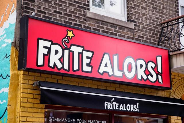 Les neufs employés durestaurant Frite Alors! de la... (Photo Alain Roberge, Archives La Presse)