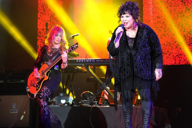 Nancy et Ann Wilson du groupe Heart en... (PHOTO ARCHIVES AP)