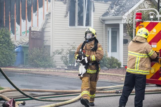 Un incendie a ravagé un jumelé sur la... (Collaboration spéciale Steve Jolicoeur)