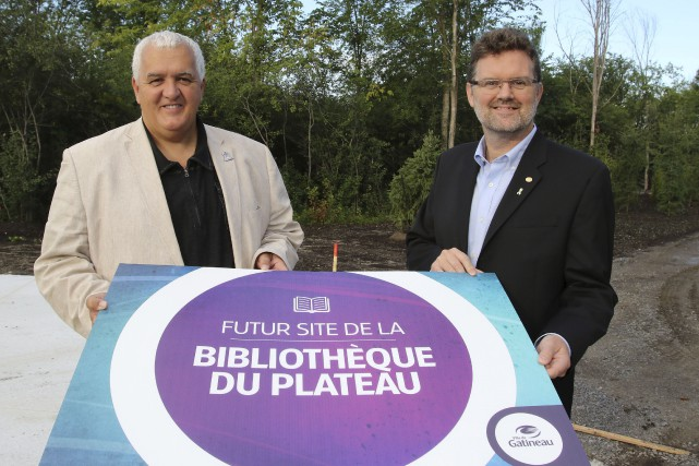 Le conseiller Maxime Tremblay et le maire Maxime... (Patrick Woodbury, LeDroit)