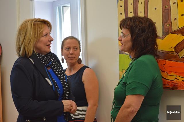 La ministre Christine St-Pierre a sympathisé avec l'enseignante... (Photo Le Quotidien, Dominique Gobeil)