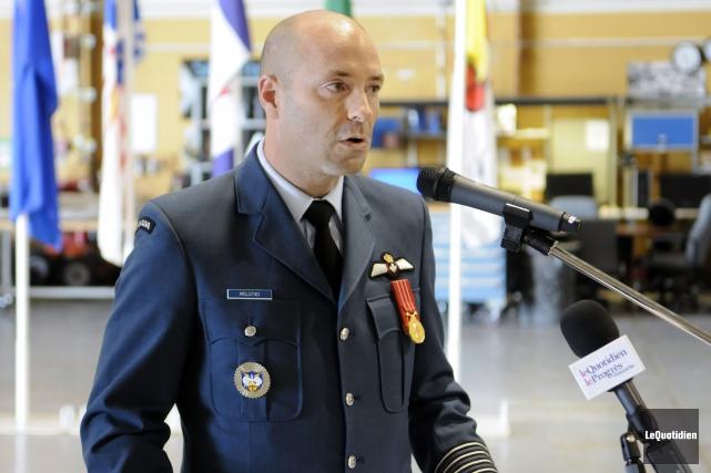 Le colonel Darcy Molstad, commandant, 3e Escadre et... (Archives Le Quotidien, Mariane L. St-Gelais)