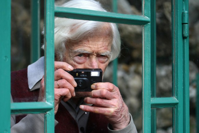Le photographe photographié en 2009.... (PHOTO ARCHIVES AFP)
