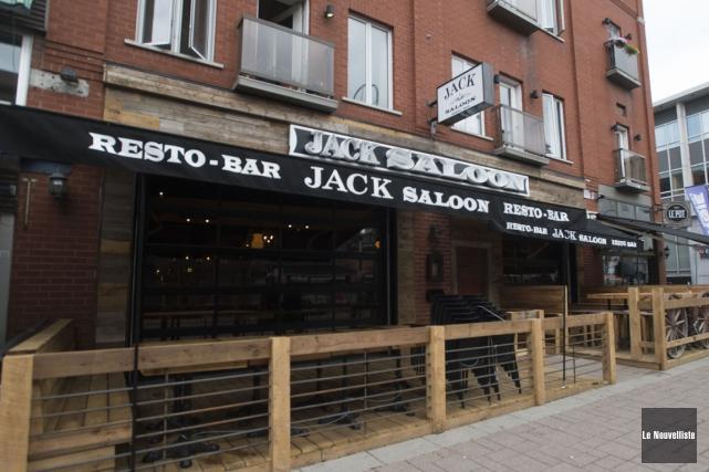Le Jack Saloon a ouvert ses portes sur... (Stéphane Lessard, Le Nouvelliste)