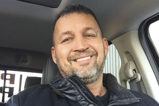 André Madore, 48 ans, que les policiers soupçonnent... (photo tirée de Facebook)