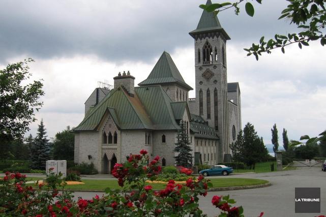 L'abbaye Saint-Benoît-du-lac fera l'objet de travaux majeurs au... (Archives, La Tribune)