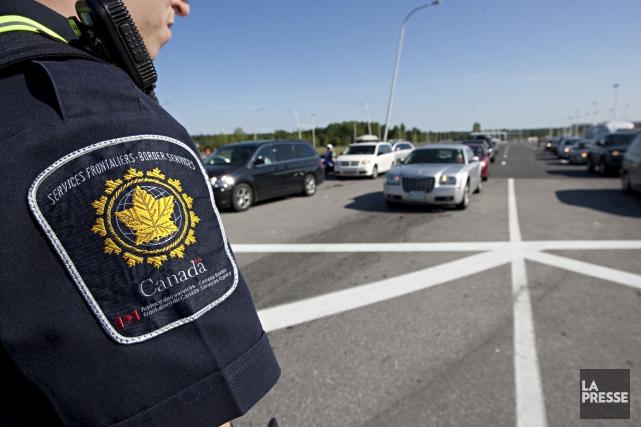 L'ASFC rappelle que les voyageurs américains peuvent éviter... (PHOTO FRANÇOIS ROY, ARCHIVES La Presse)